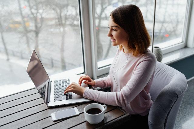 Как заработать деньги студенту очнику в вечернее время в интернете на дому
