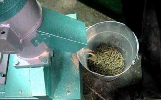 Производство комбикорма как бизнес: Технология и оборудование