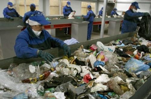 Переработка мусора как бизнес в России: Бизнес план и оборудование для мини завода