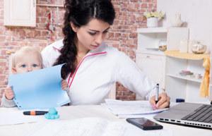 Чем заняться в декрете чтобы заработать денег: Идеи для женщин