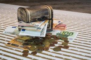 Как приумножить капитал без риска: Идеи куда выгодно вложить деньги
