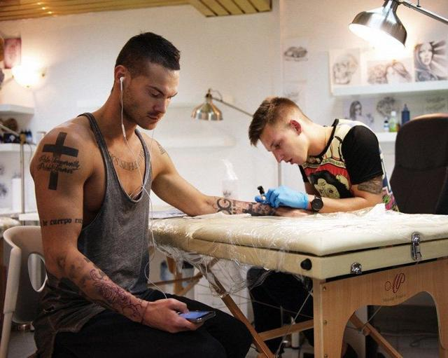 Как открыть тату салон: шпаргалка для начинающих