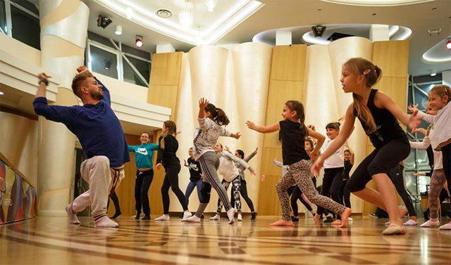 Как открыть школу танцев: расчеты с нуля