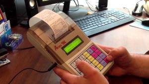 Как работать с кассовым аппаратом: инструкция + нововведения