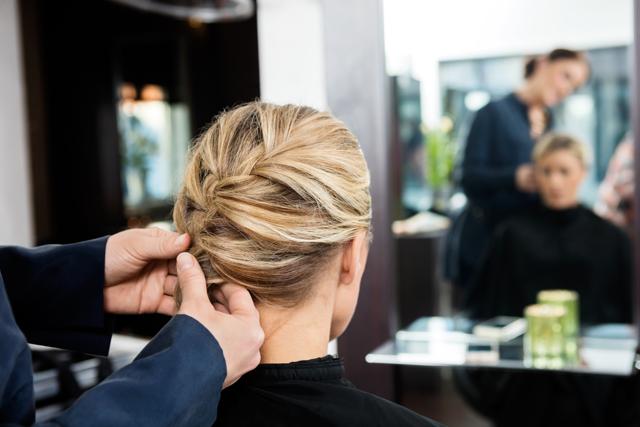 Школа парикмахерского искусства: подробный план реализации